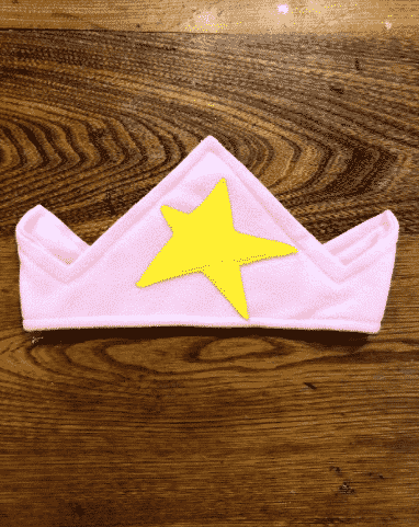 pink crown with yellow star